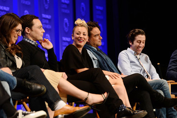 Kaley Cuoco Mayim Bialik The Paley Center for Media's 33rd Annual PaleyFest Los Angeles - 'The Big Bang Theory' - Inside