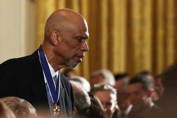 Kareem Abdul-Jabbar Obama Honors 21 Americans With Presidential Medal of Freedom