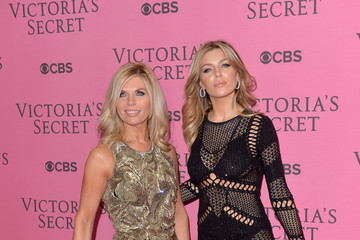 Karen Clancy Arrivals at the Victoria's Secret Fashion Show