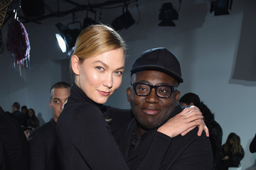 Karlie Kloss Calvin Klein Collection - Front Row - February 2017 - New York Fashion Week