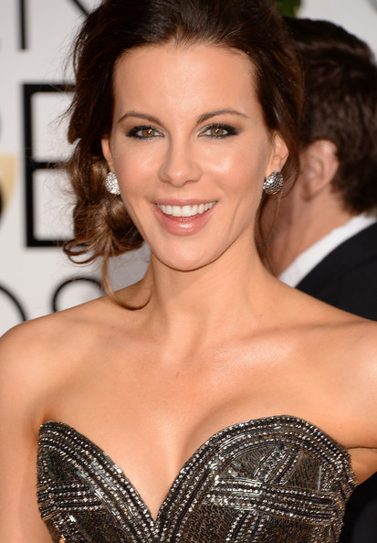 Kate Beckinsale - 71st Annual Golden Globe Awards - Arrivals