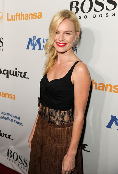 Kate Bosworth Actress Kate Bosworth arrives at the Grand Opening of Esquire House LA to benefit International Medical Corps at The Esquire House on October 15, 2010 in Los Angeles, California.