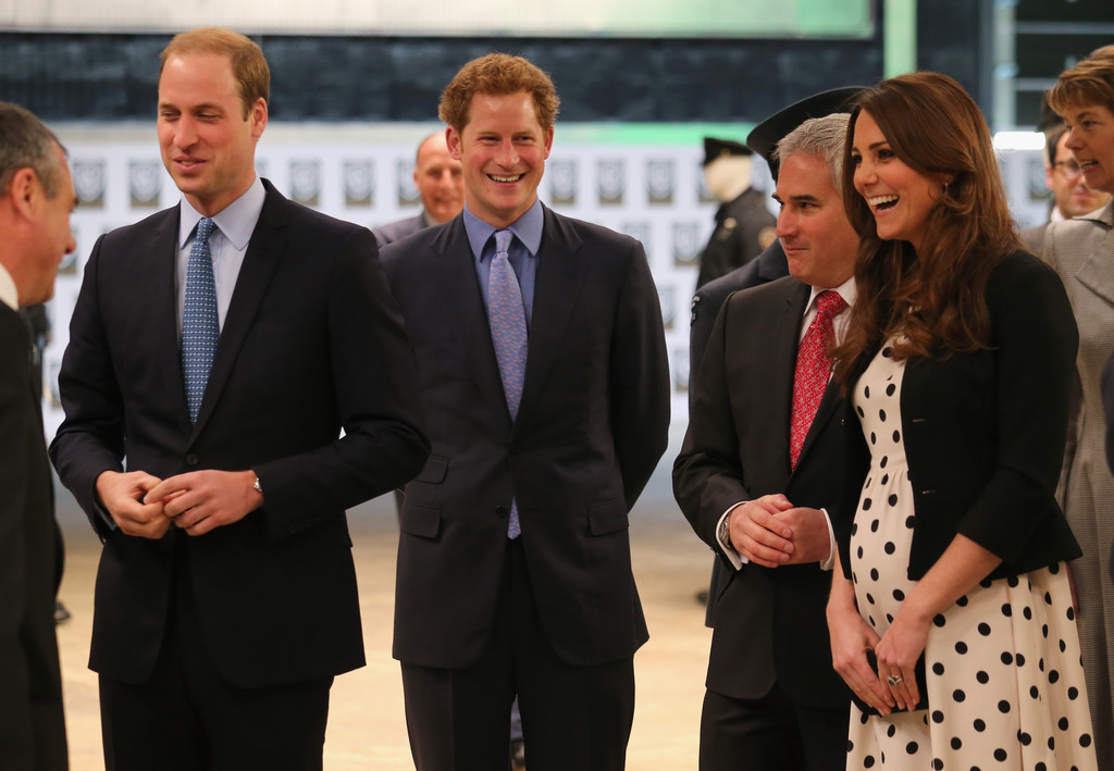 Kate Middleton - The British Royals Tour the Warner Bros. Studios 16