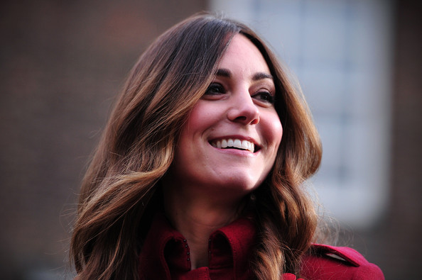 Kate Middleton Switches Up Her Hair, The Real Reason Jen Aniston Cut Her Hair, and More!