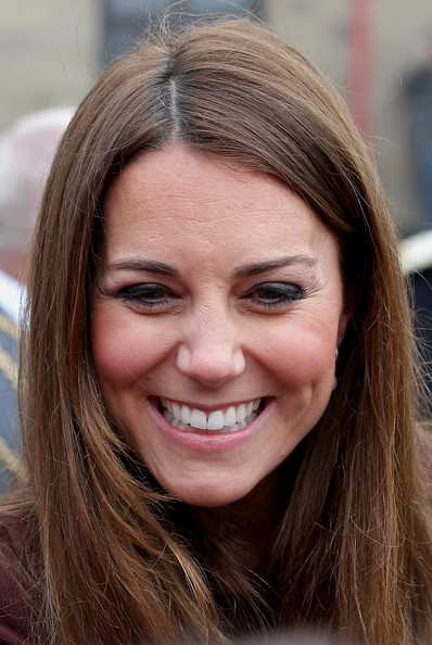 Kate+Middleton+Kate+Middleton+Visits+Grimsby+SeIWtuPDOJXl.jpg