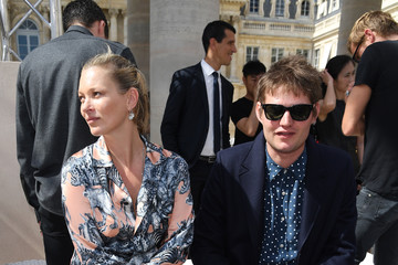 Kate Moss Louis Vuitton : Front Row  - Paris Fashion Week - Menswear Spring/Summer 2017