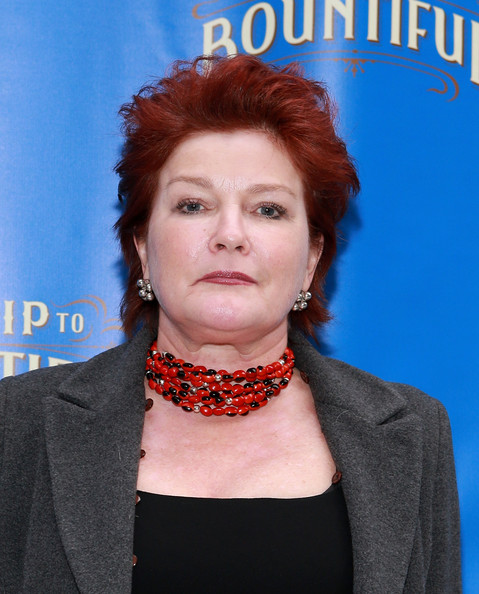Kate Mulgrew Photos Photos Arrivals At The Trip To