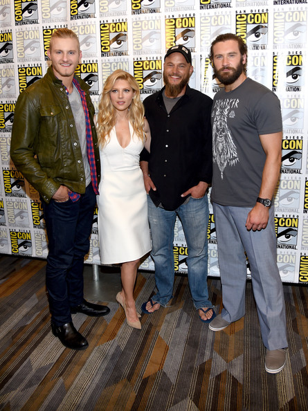 Travis Fimmel Married Wife Relationship With Serena Viharo Brothers
