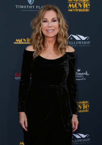 28th Annual Movieguide Awards Gala [clothing,little black dress,dress,cocktail dress,premiere,shoulder,carpet,long hair,blond,brown hair,kathie lee gifford,avalon theater,los angeles,california,movieguide awards gala,annual movieguide awards gala,kathie lee gifford,celebrity,the morning show,television presenter,actor,photograph,television,image]