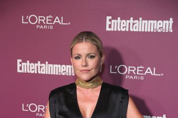 Kathleen Robertson 2017 Entertainment Weekly Pre-Emmy Party - Red Carpet