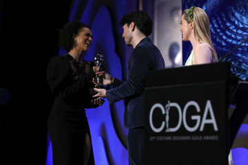 Kathryn Newton Mindy Kaling Speaks At The 22nd Costume Designers Guild Awards (CDGA)