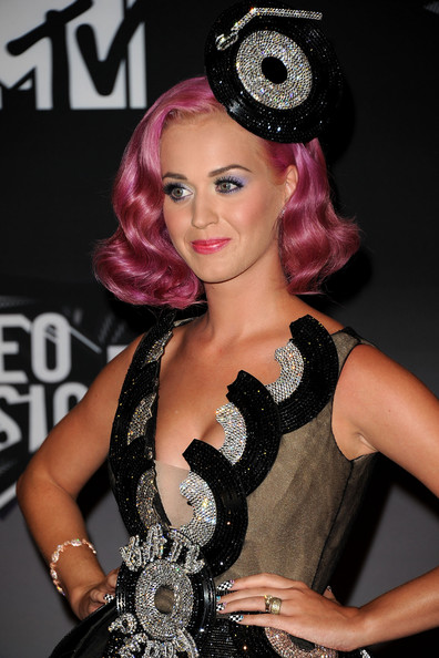 Katy Perry - 2011 MTV Video Music Awards - Press Room