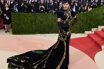 Katy Perry 'Manus x Machina: Fashion in an Age of Technology' Costume Institute Gala