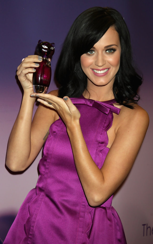 katy perry photos photos katy perry fragrance launch. Black Bedroom Furniture Sets. Home Design Ideas