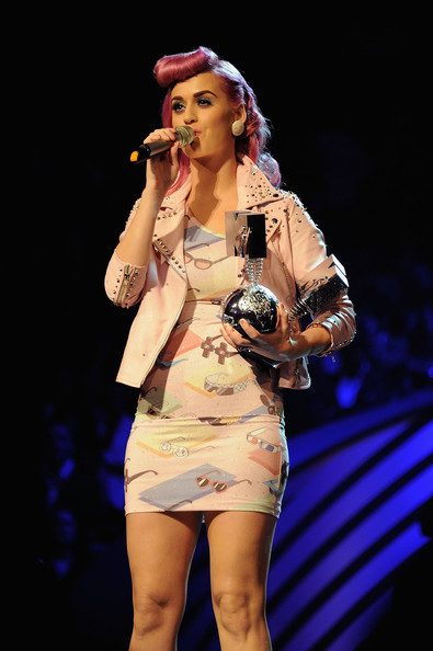 Katy Perry Singer Katy Perry receives the award for Best Live act during the MTV Europe Music Awards 2011 live show at at the Odyssey Arena on November 6, 2011 in Belfast, Northern Ireland.