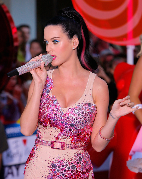 Katy+Perry in Katy Perry Performs On NBC's