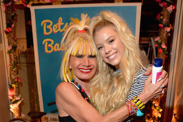 Kaylyn Slevin Betsey Johnson's Pool Party at Sunset Tower