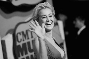 Kellie Pickler 2014 CMT Music Awards - Alternative View