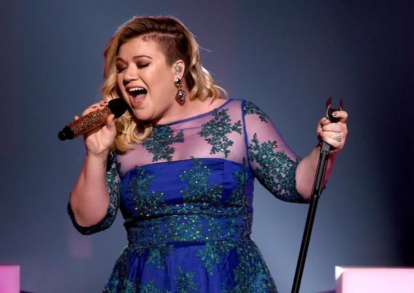 2015 Fat Kelly Clarkson