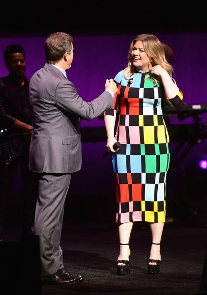 Kelly Clarkson and Adam Fogelson Photos - 1 of 6