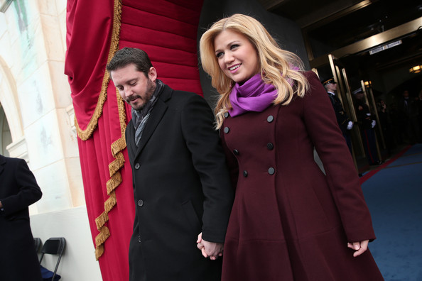 Kelly Clarkson - Barack Obama Sworn In As U.S. President For A Second Term