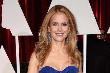 Kelly Preston Arrivals at the 87th Annual Academy Awards — Part 3