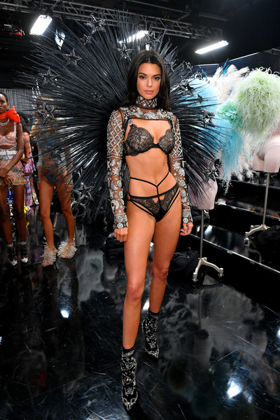 Kendall Jenner Photos 2018 Victoria S Secret Fashion Show In New