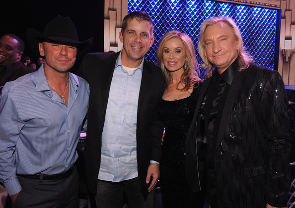 Kenny+Chesney+Sean+Payton+2011+CMT+Artists+iofi5FSItWul.jpg