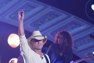 Kenny Chesney American Country Countdown Awards Show