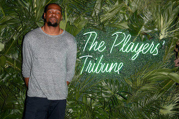 Kevin Durant The Players' Tribune Hosts Players' Night Out 2017