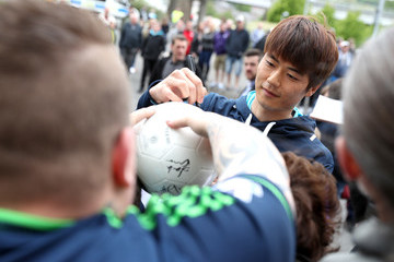 Ki Sung-Yueng Swansea City v Everton - Premier League