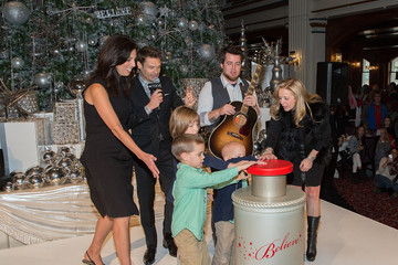 Kim Groth Macy's Great Tree Lighting with Ryan Seacrest