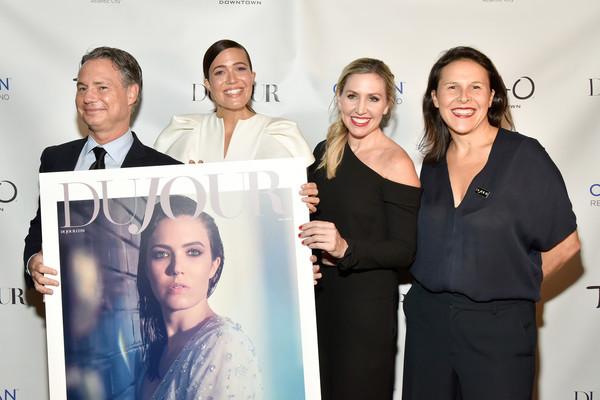 """Cover Star Mandy Moore, Along With Jason Binn, Celebrate DuJour Fall Issue And Toast Emmy Nominated TV Show, """"This is Us"""" [mandy moore,jason binn,cover star,ceo,founder,dujour,tv show,this is us,celebrate dujour fall issue,toast emmy,skin,event,fashion,white-collar worker,team,photography,businessperson,company]"""