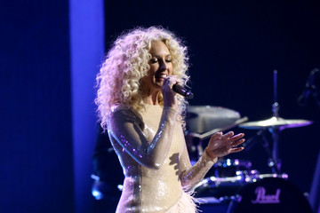 Kimberly Schlapman The 54th Annual CMA Awards - Show
