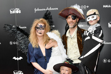 Kimberly Van Der Beek Jessica Seinfeld Hosts First-Ever GOOD+ Foundation Halloween Bash - Red Carpet