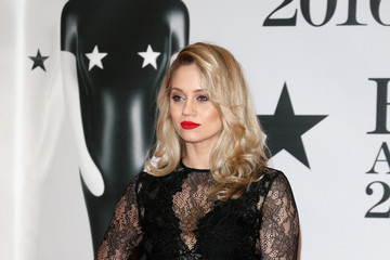 Kimberly Wyatt Brit Awards 2016 - Red Carpet Arrivals