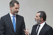 Spanish actor Antonio Banderas (R) receives the 'Camino Real' award from King Felipe VI of Spain (L) at the Alcala de Henares University on April 26, 2017 in Alcala de Henares, Spain.
