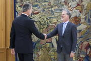 Reed Hastings and King Felipe VI of Spain Photos Photo