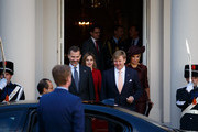 King Felipe VI (L) of Spain, Queen Letizia (2nd L) of Spain, King Willem-Alexander (2nd R) of the Netherlands and Queen Maxima of the Netherlands walk out of the Noordeinde Palace after a lunch on October 15, 2014 in The Hague, Netherlands. Spain's royal couple are in the Netherlands for a one-day official visit.