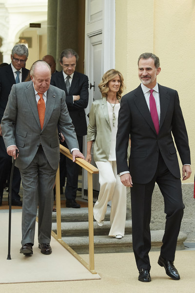 Spanish Royals Meet COTEC Foundation [suit,formal wear,standing,white-collar worker,event,tuxedo,businessperson,photography,gesture,business,felipe vi,juan carlos,r,spanish,spain,madrid,royal palace,royals meet cotec foundation,l,meeting]