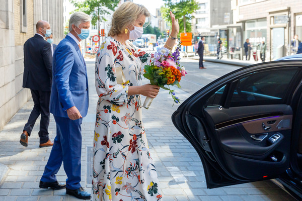King Philippe Of Belgium And Queen Mathilde Visit The Antwerp Tropical Institute Of Medicine [photograph,street fashion,fashion,glasses,eyewear,dress,technology,flower,plant,outerwear,philippe of belgium,mathilde visit,queen,partner,coronavirus,impact,belgium,countries,the antwerp tropical institute of medicine,antwerp tropical institute of medicine,car,health,street,plants,beauty.m]