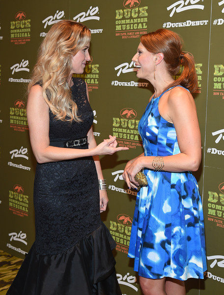 'Duck Commander Musical' Premiere at the Rio in Las Vegas [duck commander musical premiere,duck dynasty,musical,duck commander musical,premiere,dress,event,carpet,flooring,cocktail dress,korie robertson,jessica phillips,family,the rio in las vegas,l,premiere]