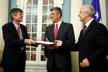 Hashim Thaci Kosovo Signs Agreement With International Monetary Fund
