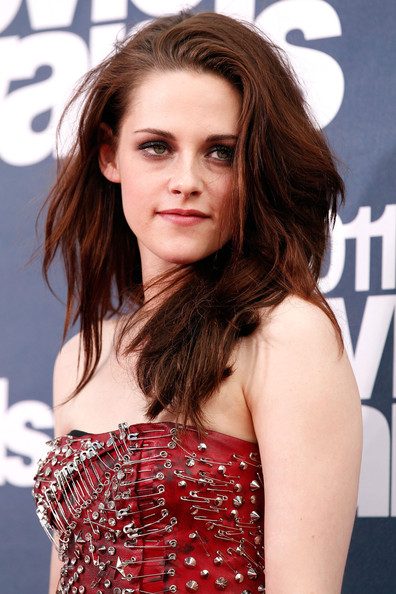 kristen stewart 2011 mtv music awards. dresses Music Awards 2010 HQ