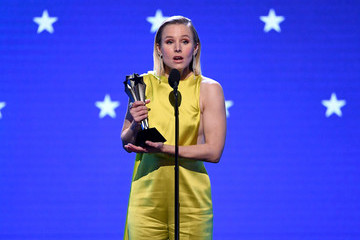 Kristen Bell 25th Annual Critics' Choice Awards - Show