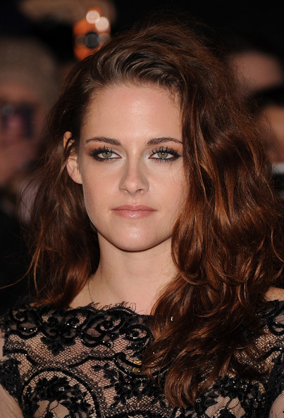 Download this Kristen Stewart Twilight Saga Breaking Dawn Xsgdgrql picture