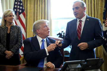 Kristjen Nielsen President Trump Signs Executive Order Supporting Veterans During Their Transition to Civilian Life