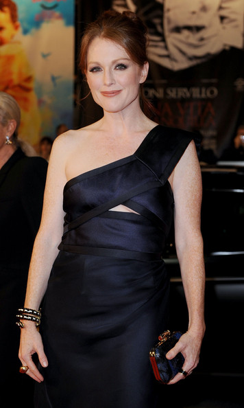 Julianne Moore attends the 'Thr Kids Are All Right' premiere during the 5th Rome International Film Festival on November 2, 2010 in Rome, Italy.