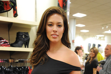 """Ashley Graham Lane Bryant Hosts Joe Zee For A Special Viewing Of """"All On The Line"""""""