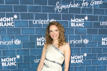 """Laura Weissbecker Montblanc And UNICEF Celebrate The Launch Of Their New """"Signature For Good 2013"""" Initiative At A Pre-Oscar Charity Brunch With Special Guest Hilary Swank"""